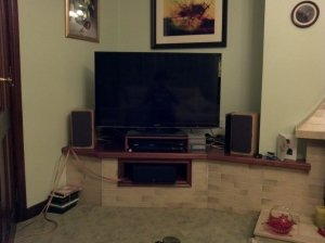 A bad photo of the new TV Setup