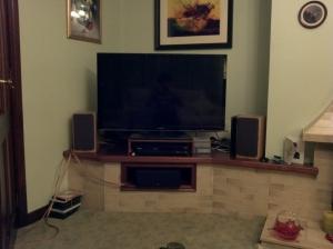 A bad photo of the new TV Setup