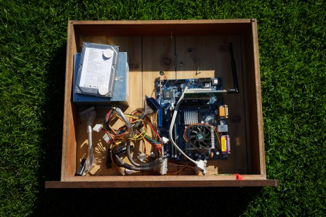 Drawputer, disassembled.